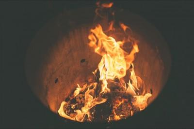 Tölt um die Feuertonne